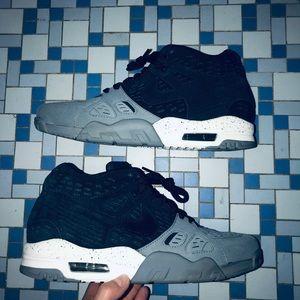Nike Trainer 3 LE